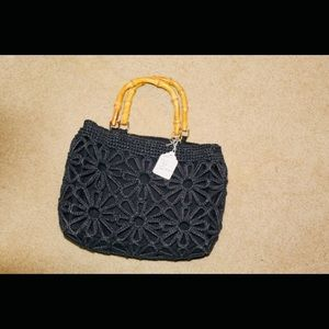 Handbags - Black purse with wooden handles